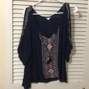 Aeropostale's Juniors cropped blouse